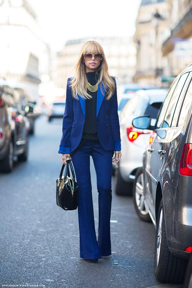 jeans a zampa e giacca